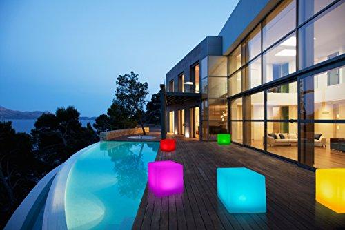 Bonetti LED Solar Gartenleuchte Würfel  Cube  8 Farben  optionaler Farbwechsel  ca 30 x 30 cm  IP67  RGB  Würfel Solarlampe  Dekoleuchte  Außenleuchte  Gartenlampe  Würfelleuchte  Dekowürfel
