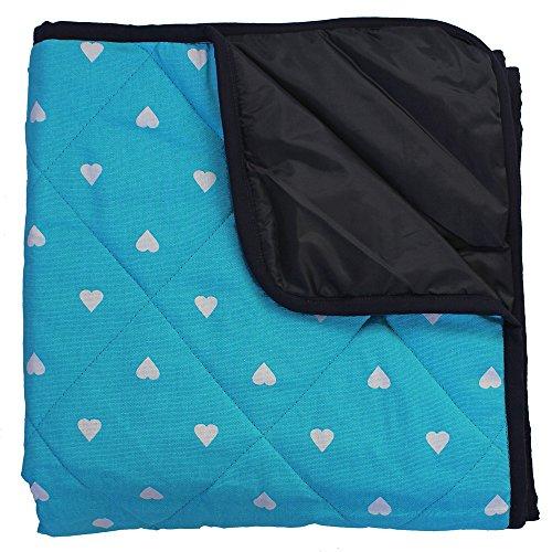 Babydecke Outdoor - Gepolstert - Aqua Blau mit weißen Herzen
