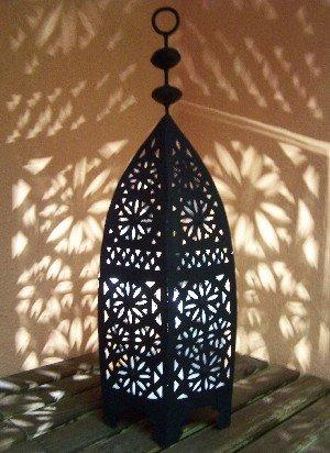 Orientalische Laterne aus Metall Schwarz Sliman 60cm groß  Marokkanische Gartenlaterne für draußen Innen als Tischlaterne  Marokkanisches Gartenwindlicht Windlicht hängend oder zum hinstellen