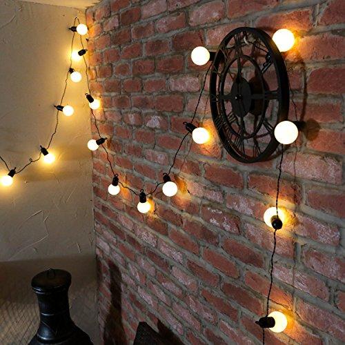 LED Party Lichterkette 20 Party-Birnen mit schwarzen Fassungen auf 475m langem dunkelgrünem Kabel mit Stromanschluss für Außen- und Innenbetrieb von Festive Lights warmweiß