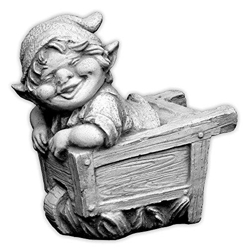 gartendekoparadiesde Lustiger Kleiner Gnom V Troll Wichtel Fantasiefigur aus Steinguss frostfest