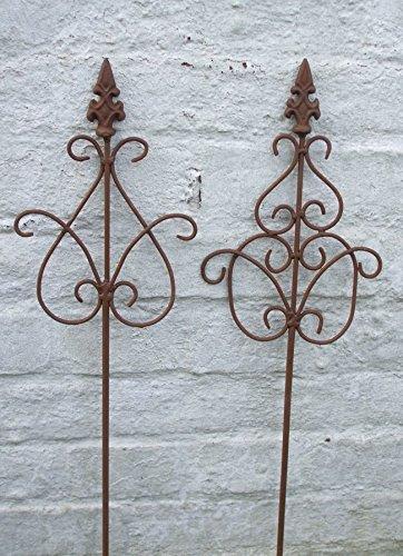 2 Stück dekorative Rankstäbe Rankhilfe verzierte Spitze Eisen Rost 70 cm